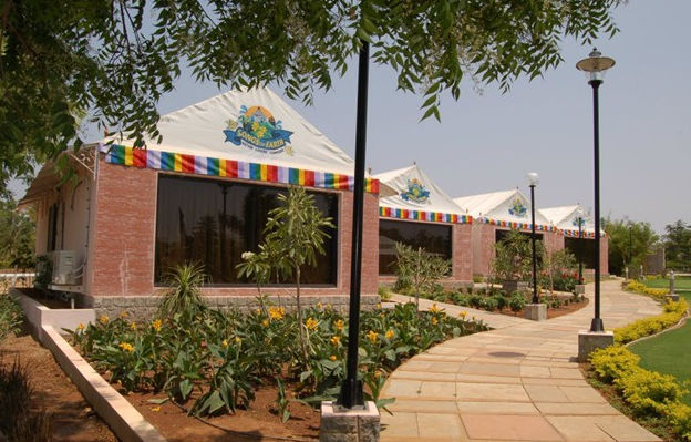 A list of most exotic vacation resorts in hyderabad jntu for Classic house tracks list